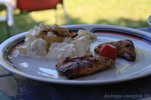 Csirke roston, majonézes burgonyával