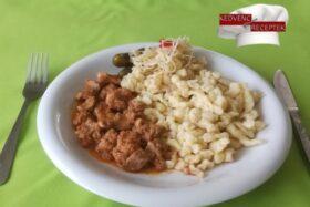 Sertéspörkölt hagyományos receptje