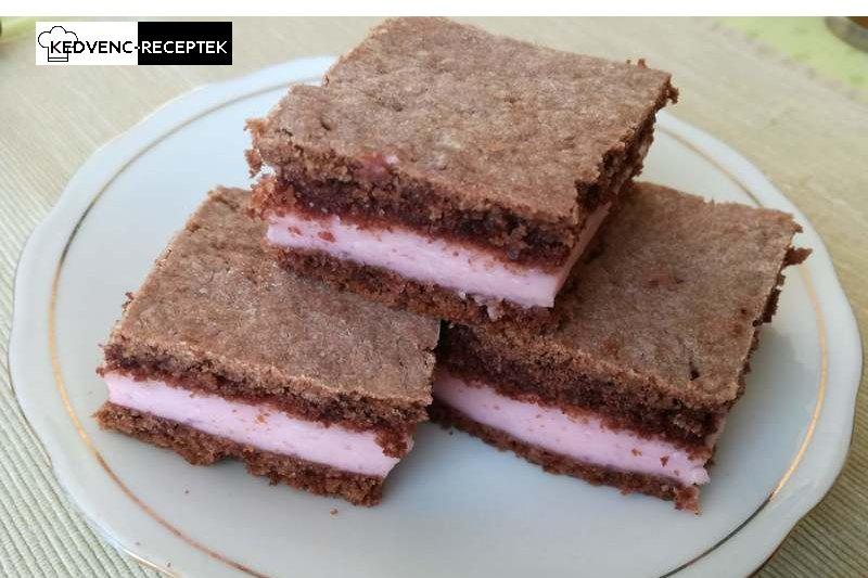 Tejfölös-pudingos kocka: Finom édes sütemény kevesebb mint egy óra alatt