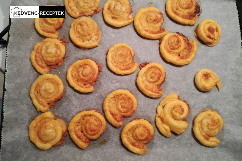 Sajtos csiga leveles tésztából